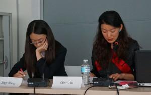 Qian He (gauche), Jing Wang